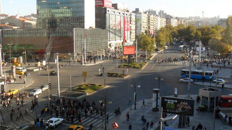 Ankara'da Ücretsiz İnternet Hizmeti Verilecek 35 Meydanın İsmi Açıklandı