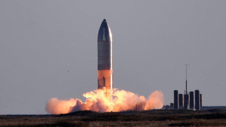 Elon Musk Federal Havacılık İdaresi'ne İsyan Etti: Bu Gidişle İnsanlık Mars'a Gidemeyecek