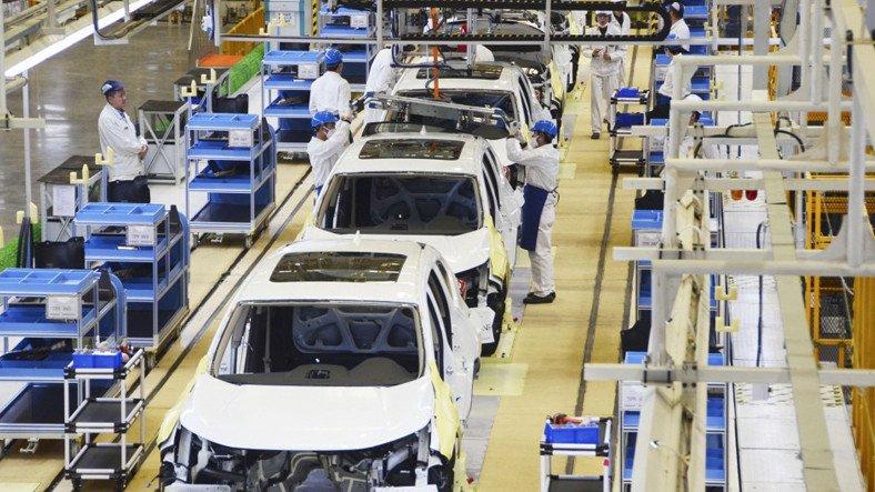 Japonya'da Otomobil Üretimi, Yarı İletken Kıtlığı Nedeniyle Düştü