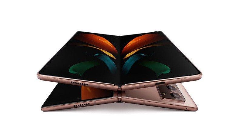 Samsung, Katlanabilir Ekranlarını Rakiplerine Satmaya Başlıyor