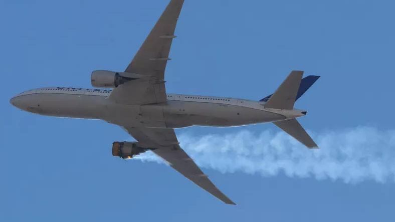 ABD'de Bir Uçağın Uçuş Sırasında Motorunun Parçalandığı Anlar Görüntülendi [Video]