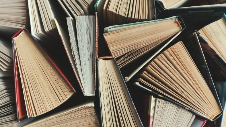 Amazon, 2020 Yılında Türkiye'de En Çok Satılan Kitapları Açıkladı