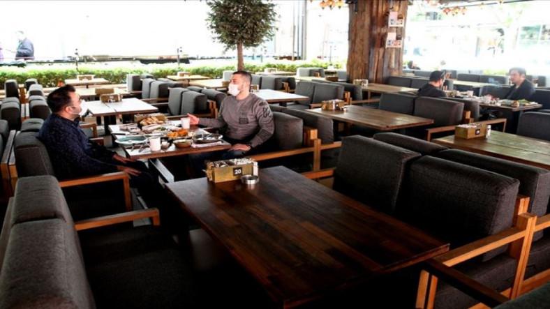 Ankara Kulislerinden Geldiği İddia Edilen Bilgiye Göre Mart Ayında Kafe ve Restoranlar Açılıyor