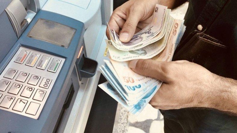 Banka Hesabına Yanlışlıkla Yatırılan 3500 TL'yi Harcayan Vatandaşa 4 Yıl 6 Ay Hapis Cezası