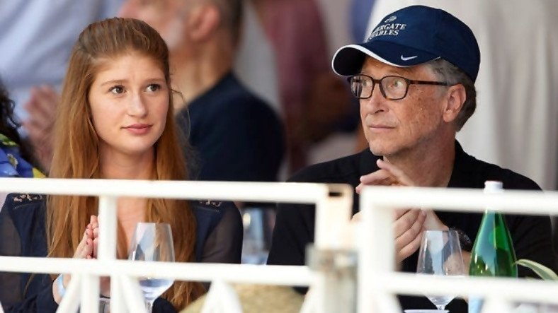 Bill Gates'in Kızı Jennifer Gates, Koronavirüs Aşısı Komplo Teorileriyle Alay Etti