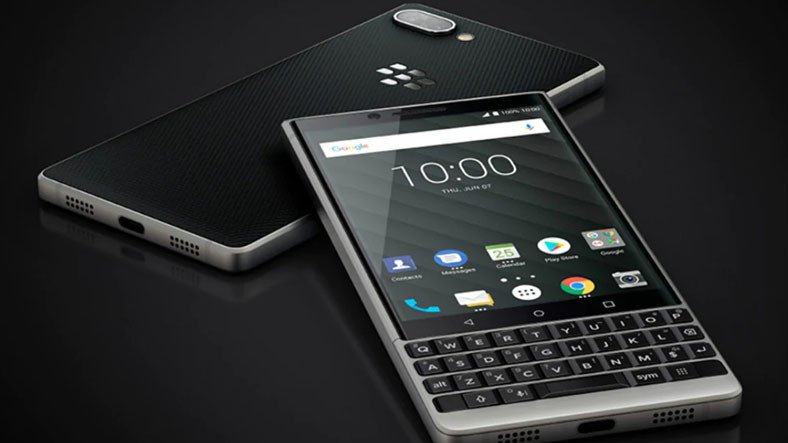 BlackBerry, Muhtemelen Tuşlu Olacak 5G Destekli Bir Amiral Gemisi Telefon Geliştiriyor