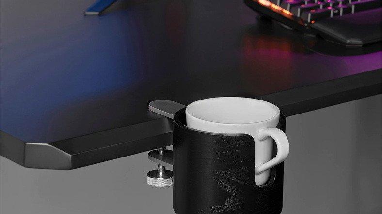 IKEA, PC Oyuncuları İçin Tasarladığı Kupa Bardak Tutacağını Satışa Sundu