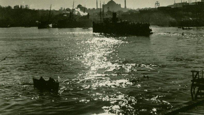İstanbul'un Tarihini Karış Karış Gezmenizi Sağlayacak Site: Zaman Makinesi