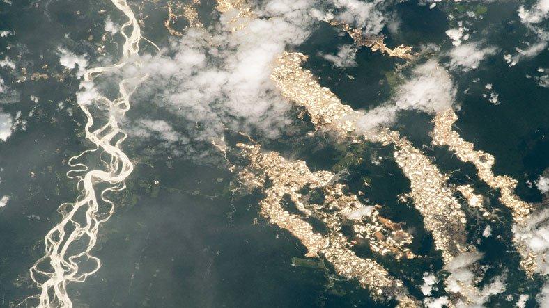 NASA, Yasa Dışı Altın Madenciliğinin Amazon'a Verdiği Zararı Gösteren Bir Fotoğraf Yayınladı
