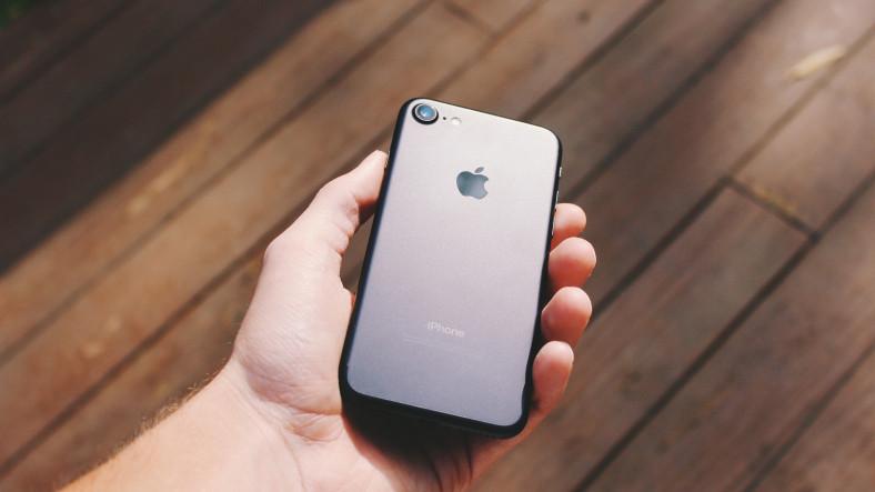 Telefonlardan Alınan Yüksek Vergiler, iPhone 6 Tartışmasıyla Beraber Sosyal Medyada Yeniden Gündem Oldu