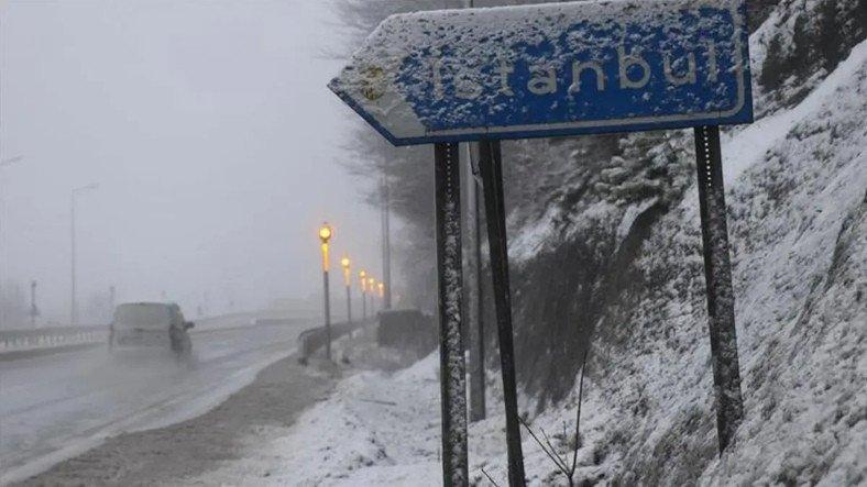 Yoğun Kar Nedeniyle İstanbul Dahil 8 Şehirde Yüz Yüze Eğitime Ara Verildi