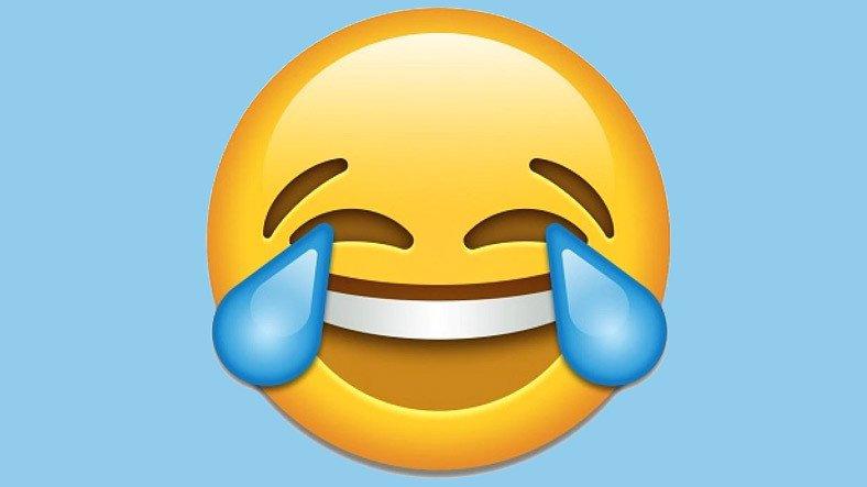 Z Kuşağı, Y Kuşağının Favorisi Olan 'Gülerken Gözünden Yaş Gelen' Emojiden Nefret Ediyor