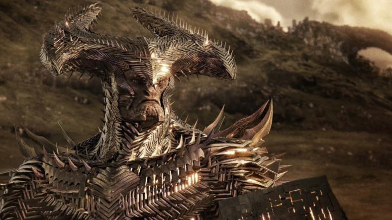 """Zack Snyder, Justice League Fragmanı Öncesi Bir """"Steppenwolf"""" Klibi Paylaştı"""