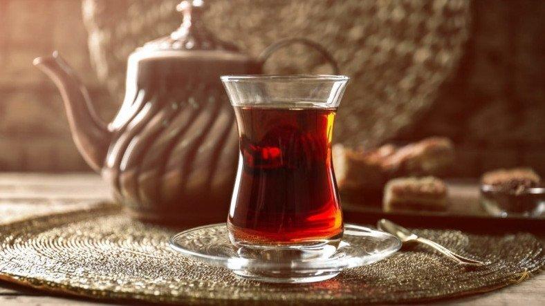 ABD'li Doktor: Siyah Çay, Koronavirüsün Çoğalmasını Önlüyor