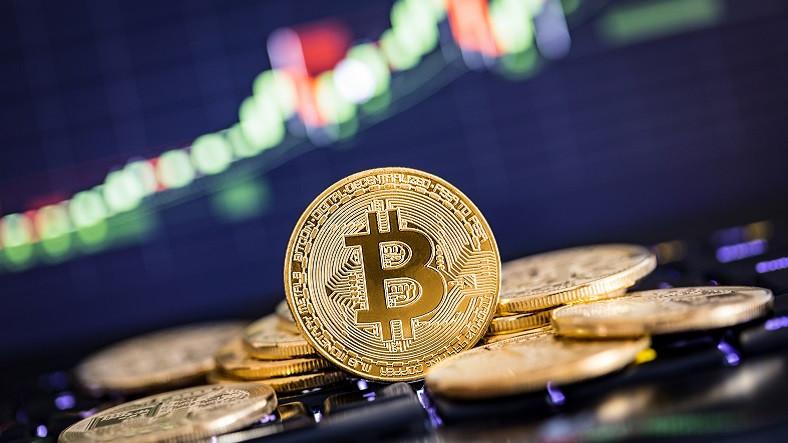 Bitcoin'de Yatırımcıları Korkutan Düşüş: Analistler Konuyla İlgili Ne Düşünüyor?