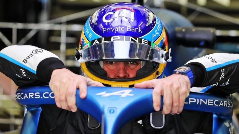 F1 Pilotu Alonso, Yarıştan Sandviç Poşeti Yüzünden Çekilmek Zorunda Kalmış