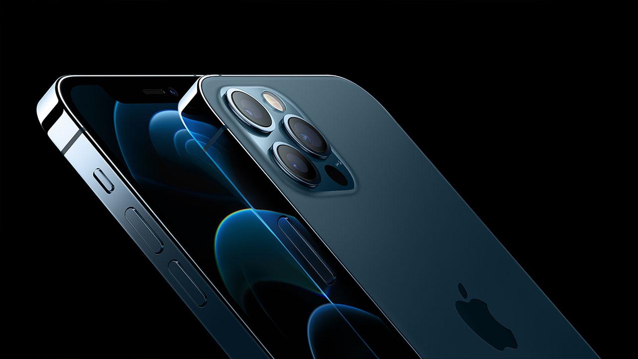 iPhone 13 Çentiksiz
