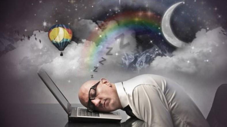 Rüya Gördüğümüz Sırada Beynimiz Farkında Olmadan Neler Yapıyor?