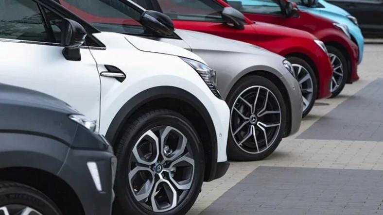 Sıfır Otomobillere 'Kur' Zammı Yolda (İkinci Elde de Fiyatlar Artmaya Başladı)