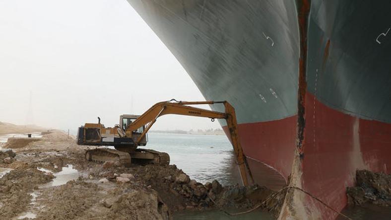 Süveyş Kanalı'nın Tıkanması Mağazalardaki Birçok Ürünün Tedarikini Etkileyecek