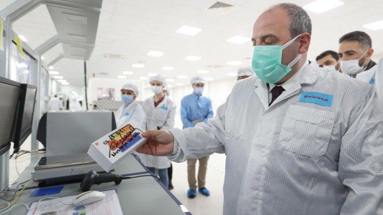 Teknoloji Bakanı: Xiaomi, Türkiye'de Akıllı Telefonlar İçin Test Üretimine Başladı