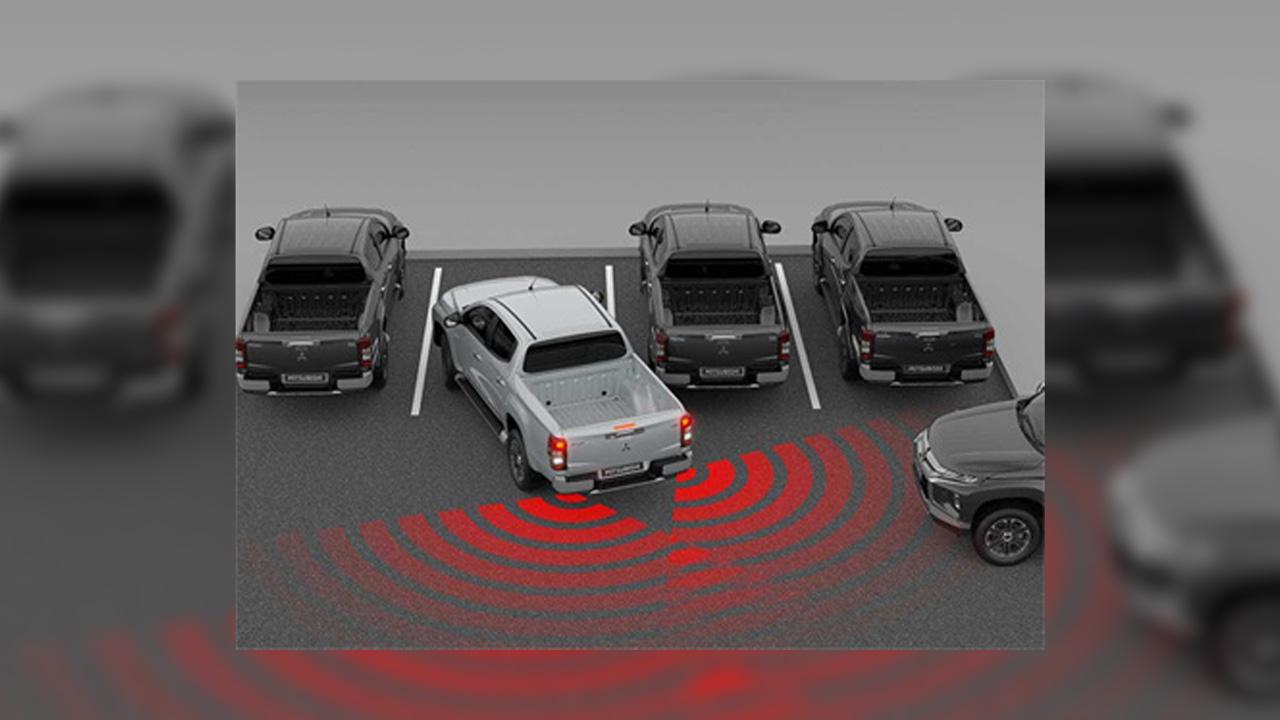 Mitsubishi L200 arka trafik alarmı