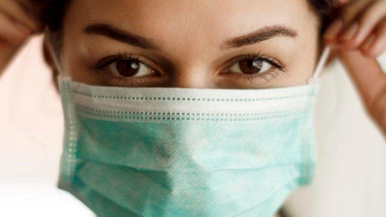 Türk Doktor, Kullanılan Maskenin Acilen Değiştirilmesini Gerektiren Durumu Açıkladı