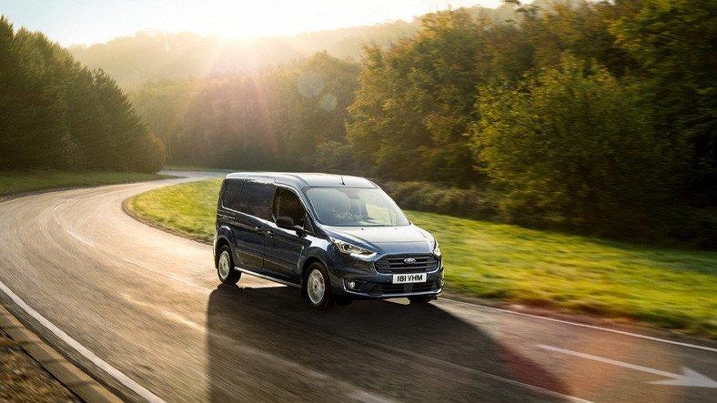 Yüksek Taşıma Kapasitesi ile Dikkat Çeken 2021 Model Ford Transit Connect'in Özellikleri ve Fiyat Listesi