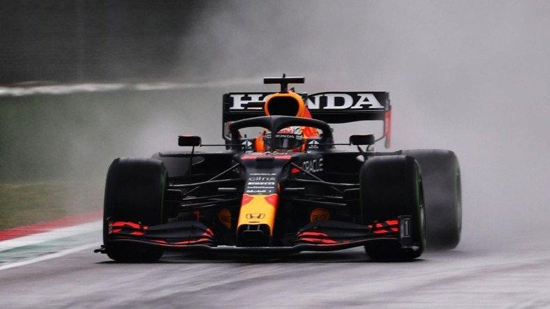 Bir Dakikası Bile Boş Geçmeyen Emiliano Romagna GP'de Zafer Verstappen'in Oldu