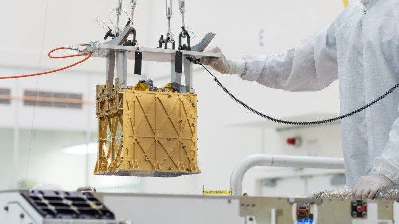 NASA'nın Uzay Aracı Perseverance'tan Tarihe Adını Altın Harflerle Yazdıracak Bir İlk: Mars'ta Oksijen Üretti