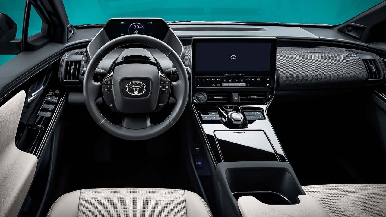 Toyota bZ4X iç