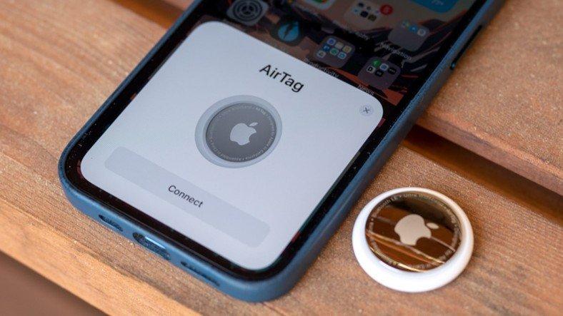 Apple AirTag, Piyasaya Çıkar Çıkmaz Hacklendi (Kullanıcılar İçin Risk Var mı?)