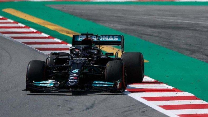 Formula 1'de İspanya GP'ye İlk Sıradan Başlayacak İsim Lewis Hamilton Oldu