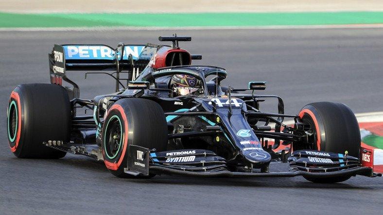 Formula 1'de Sezonun 4. Yarışı İspanya GP'de Kazanan Hamilton