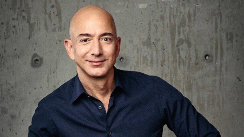 Jeff Bezos'un Amazon'daki Bazı Ürünler İçin Yaptığı Yorumlar Ortaya Çıktı