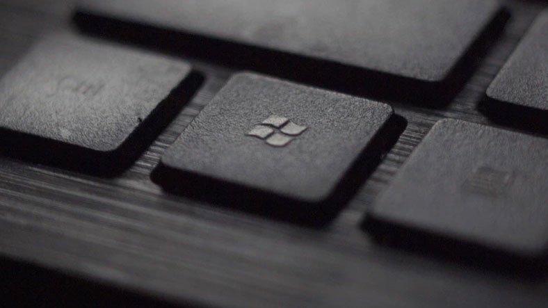 Microsoft, Windows 10 Kullanıcılarının Bilgisayarlarını Başlatmasını Engelleyen Güncellemeyi Geri Çekti