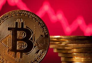 Bitcoin, Aylar Sonra İlk Kez 30 Bin Doların Altına Düştü