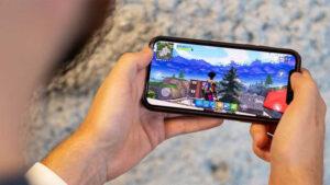 Apple'dan Fortnite'ın Dönüşünü Bekleyen iPhone Kullanıcılarını Üzecek Açıklama