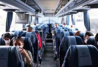İzmir'de 18 Yaşından Küçüklere Otobüs Bileti Satışı Yasaklandı