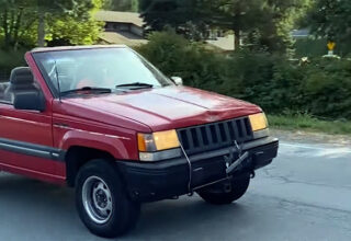 Yazıktır Yahu: Çok Nadir Bir Jeep Grand Cherokee, YouTuberlar Tarafından Tıklanma Uğruna Parçalandı